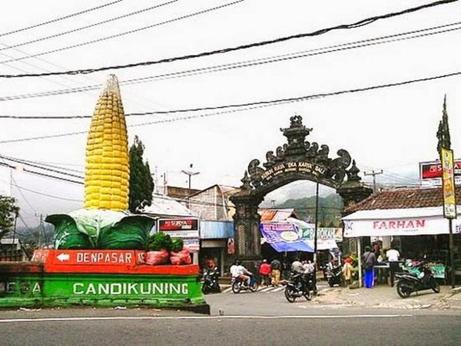 candi kuning market